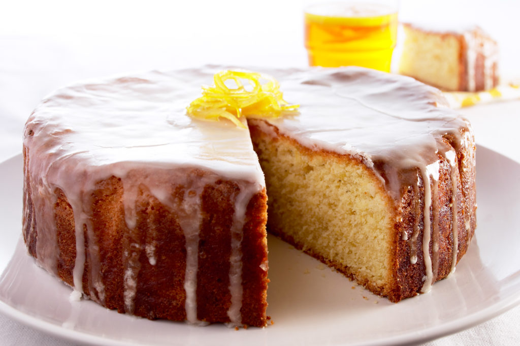 Lemon-and-thyme-cake